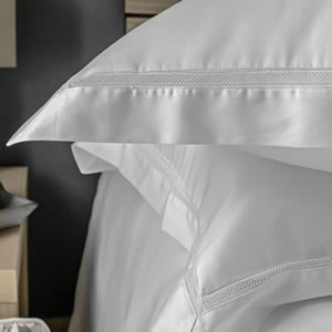 Egyptian cotton luxury bedding Victoria Collection